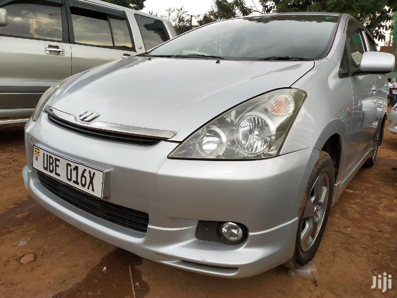 Toyota Wish 2006 Silver