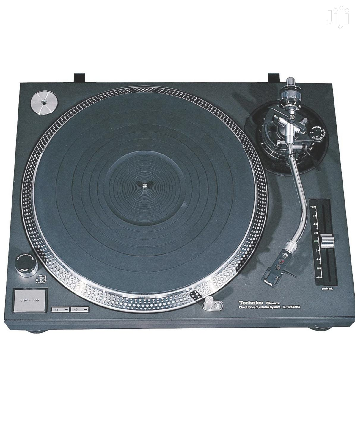 Archive: Technics Turntable
