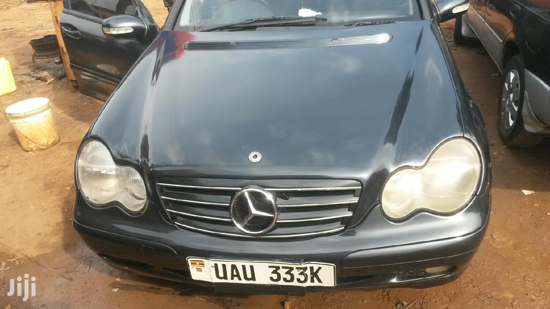 Mercedes-Benz C200 2000 Black