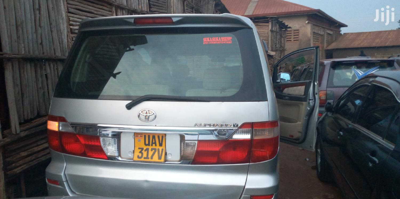 Archive: Toyota Alphard 2003 Silver