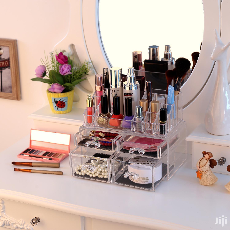 Makeup Kit Rack | Tools & Accessories for sale in Kampala, Central Region, Uganda