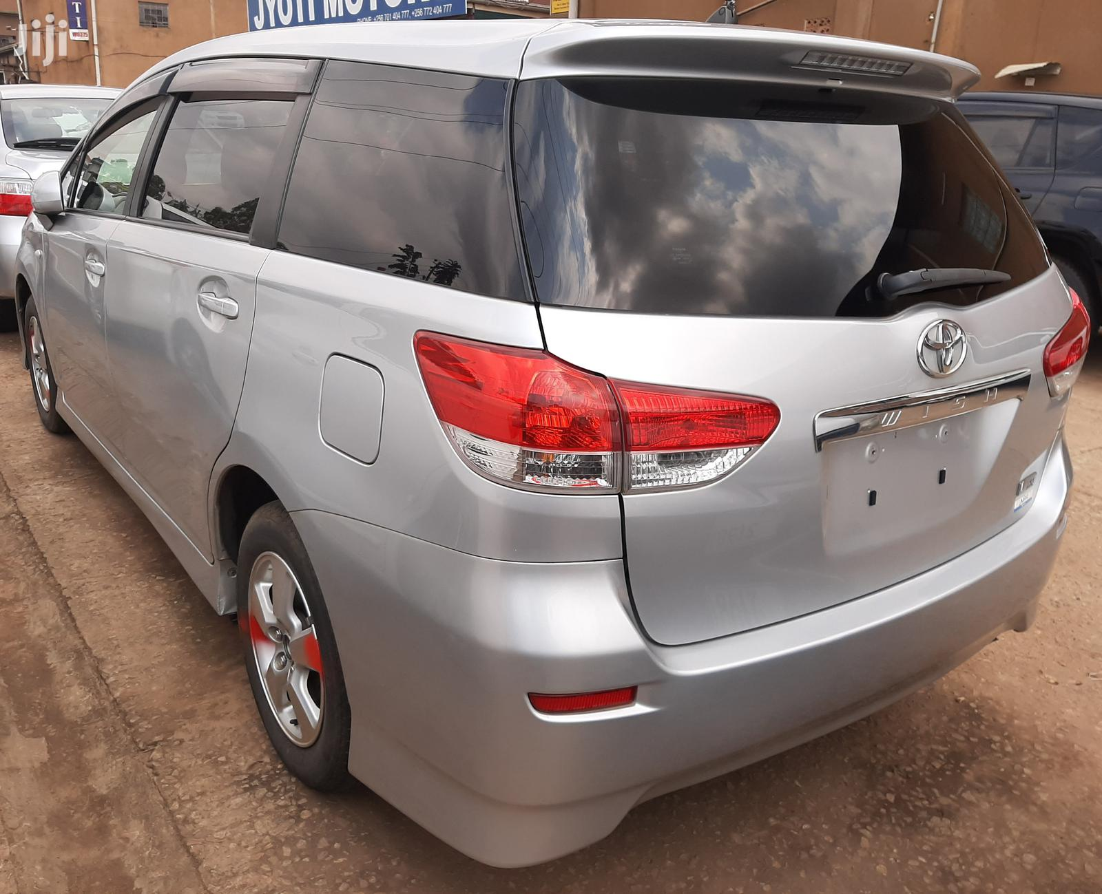 Toyota Wish 2011 Silver | Cars for sale in Kampala, Central Region, Uganda