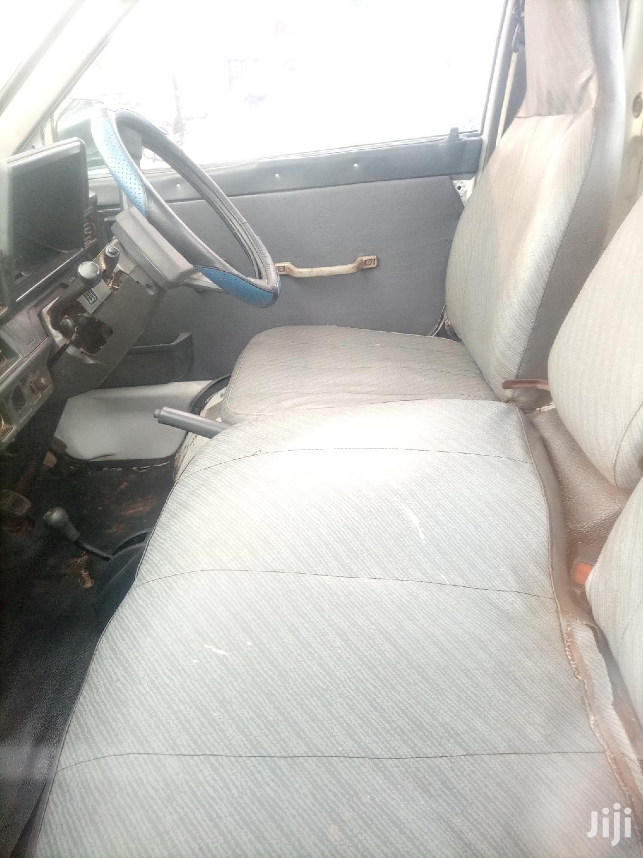 Archive: Toyota Lite-Ace 1999 White