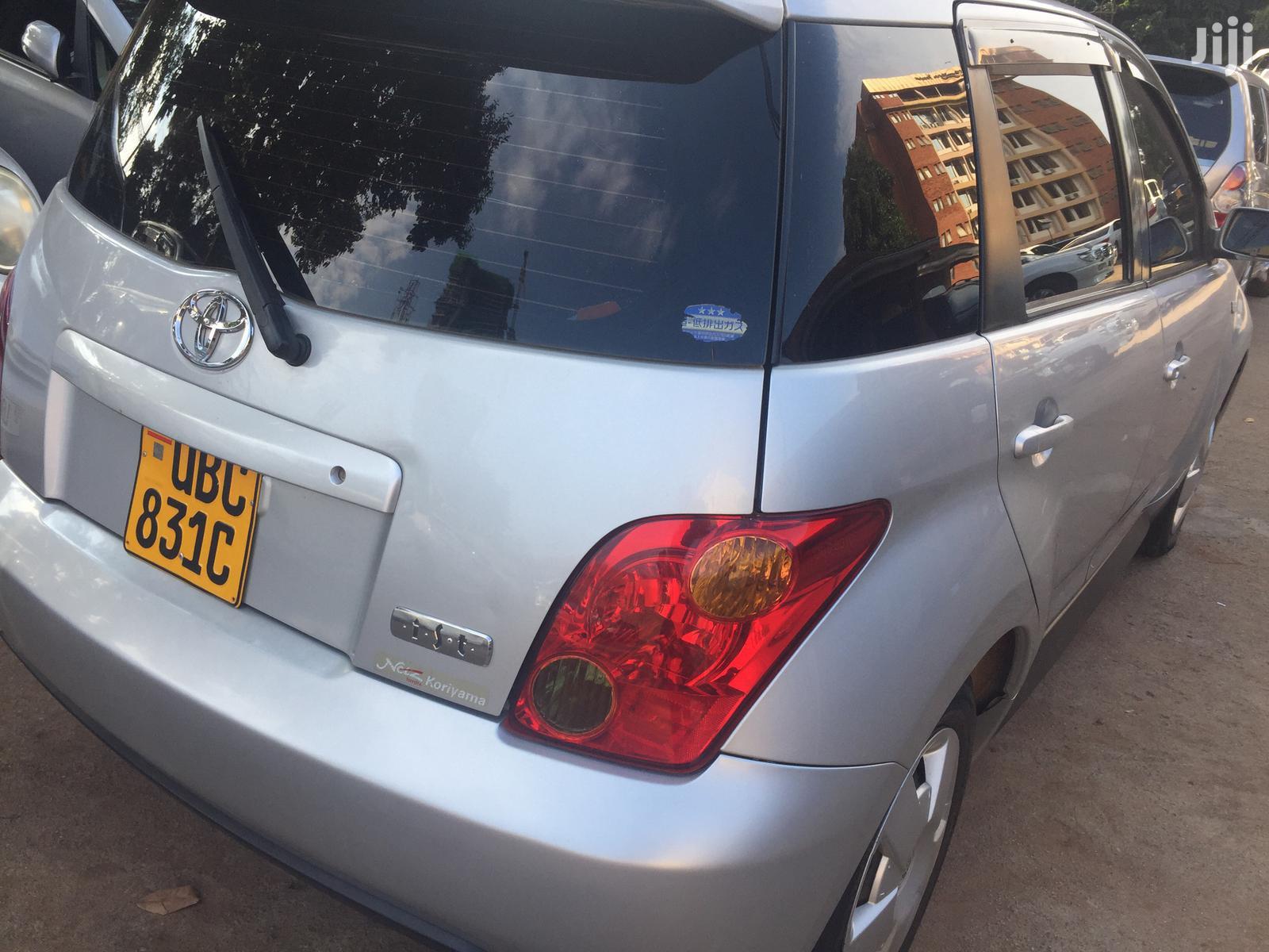 Toyota IST 2003 Silver | Cars for sale in Kampala, Central Region, Uganda