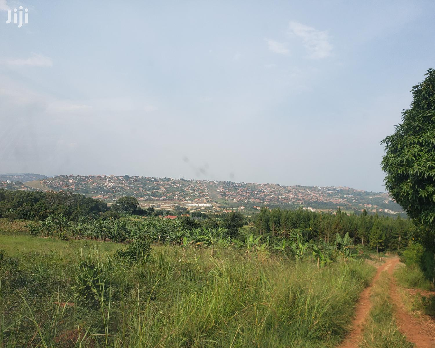 Land Available in Sisa