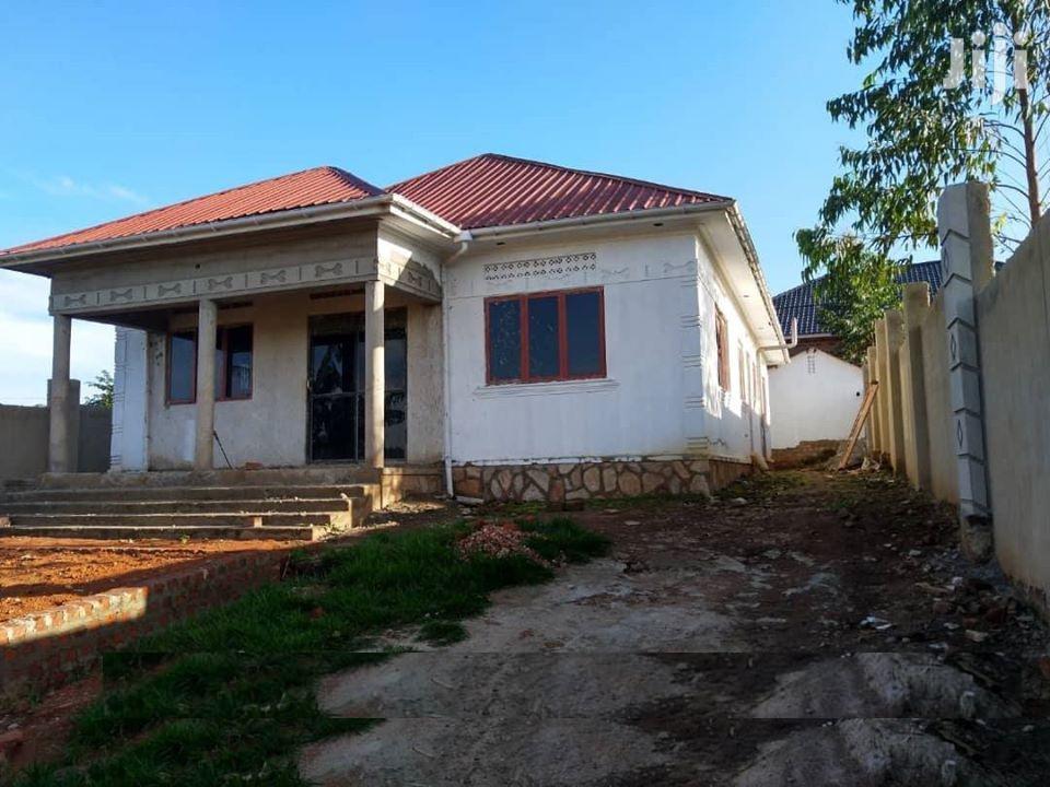 3 Bedroom House In Mattuga Kavule Zion Estate For Sale