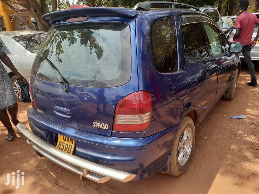Toyota Spacio 2000 Blue