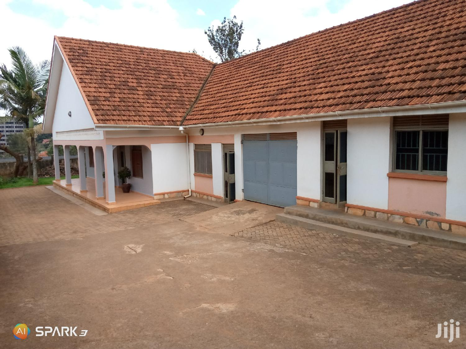 Executive Three Bedrooms Standalone House for Rent in Ntinda