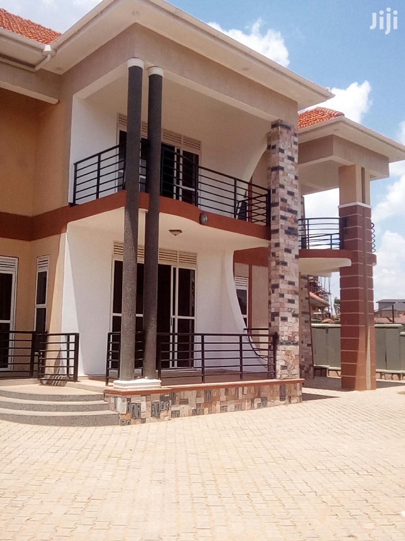 6 Bedroom Apartment in Najjera for Sale
