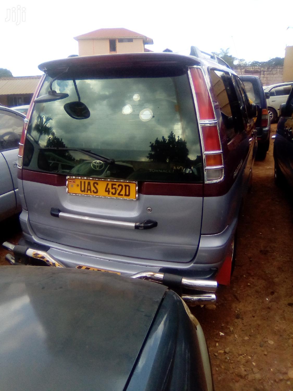 Toyota Noah 2004 Red   Cars for sale in Kampala, Central Region, Uganda