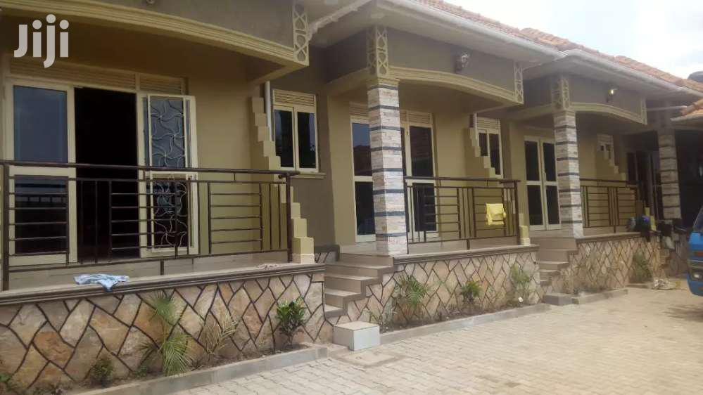 Executive New Double Rooms For Rent In Kisaasi.