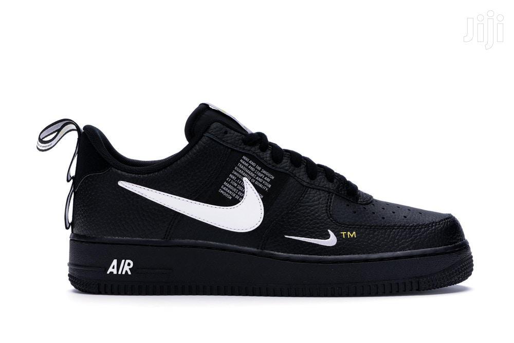 Nike Air Force 1 Low Utility Black White Size 11