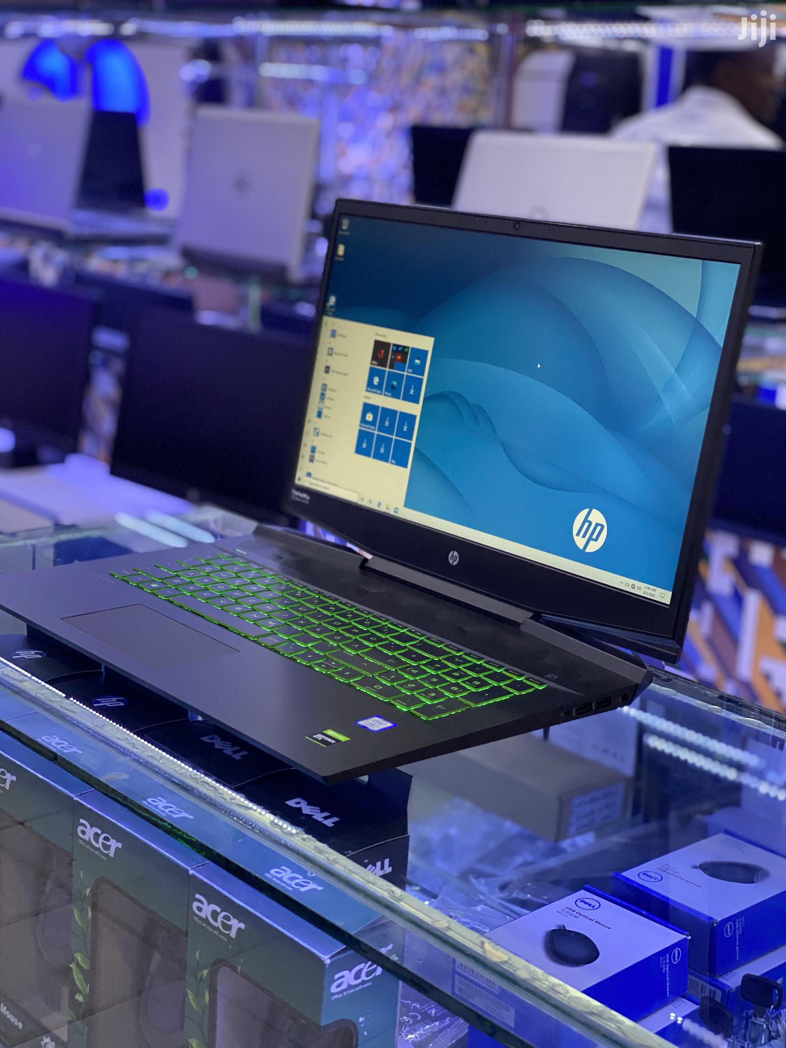 New Laptop HP Pavilion 17t 16GB Intel Core i7 SSHD (Hybrid) 512GB