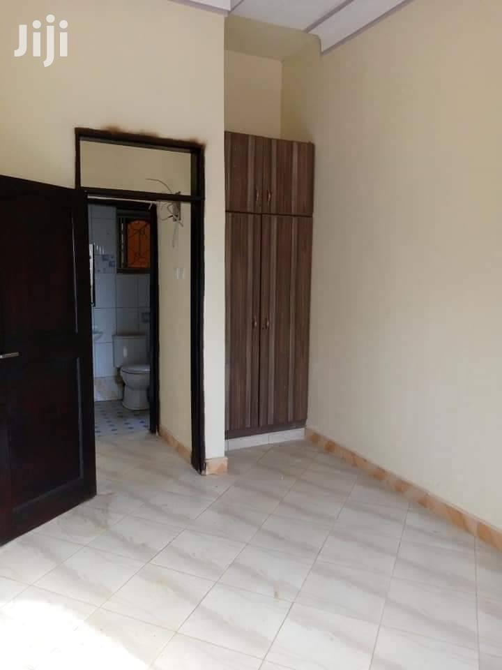Najjera Buwate Sitting Room And Bedroom House For Rent | Houses & Apartments For Rent for sale in Kampala, Central Region, Uganda