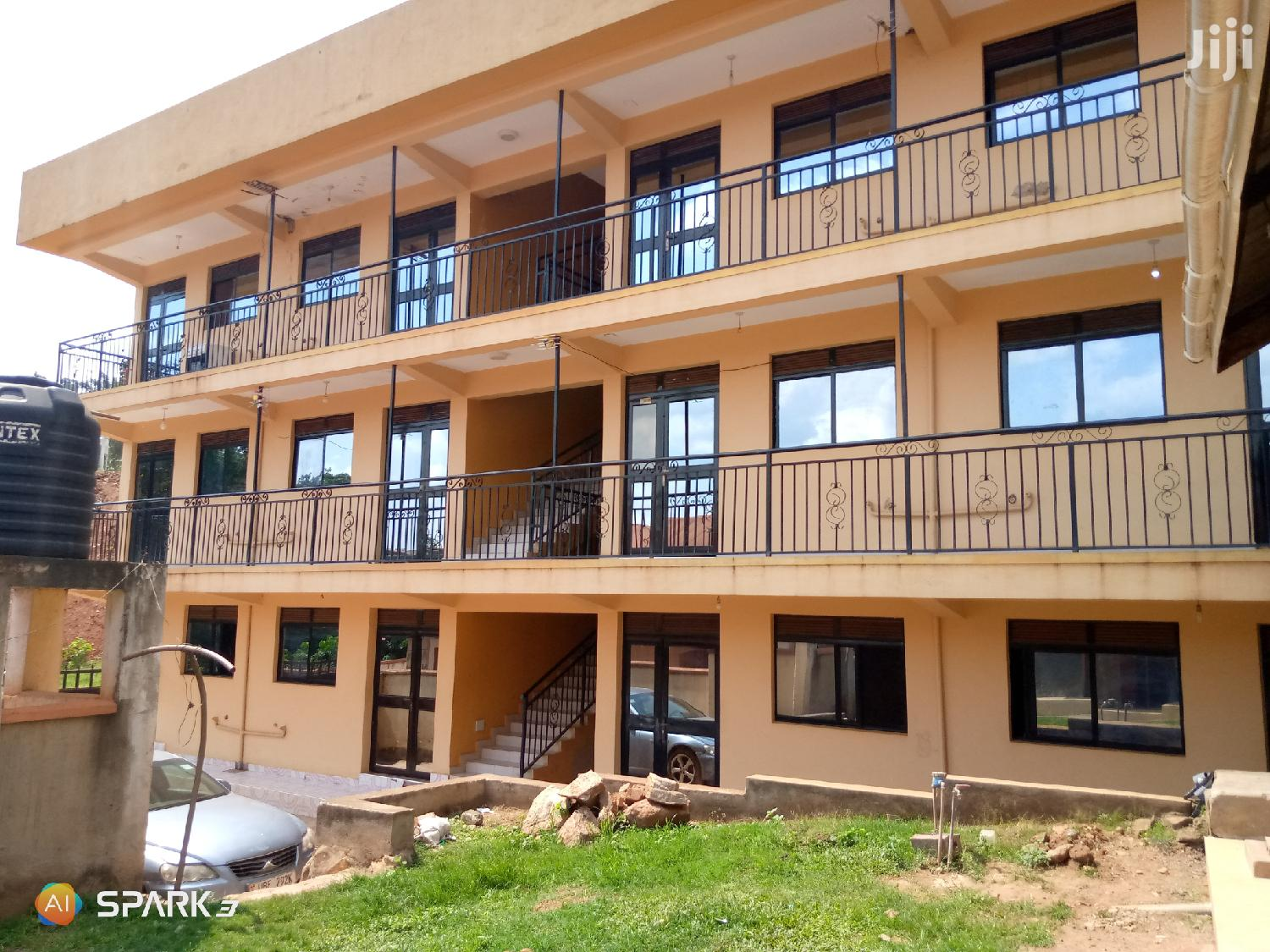 Kisaasi Double Rooms for Rent