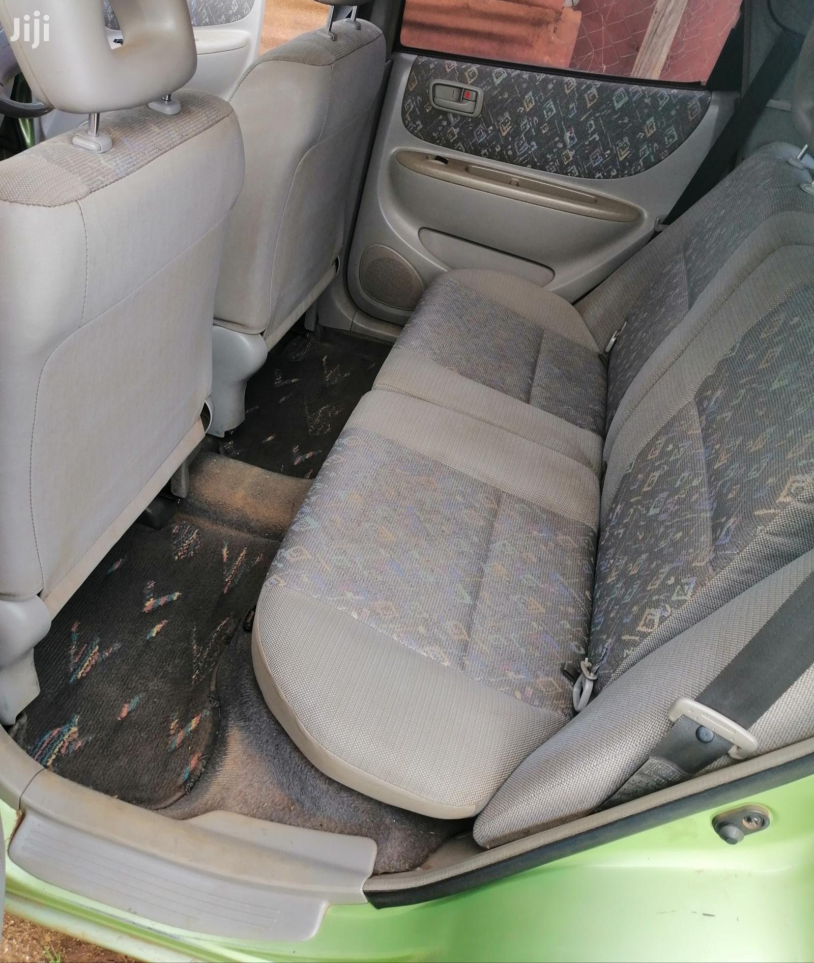Archive: Toyota Spacio 2000 Green