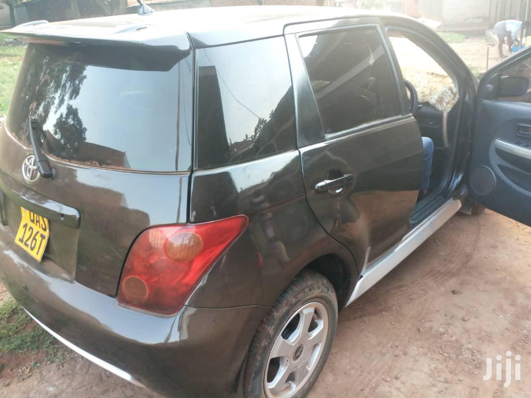 Archive: Toyota IST 2001 Black
