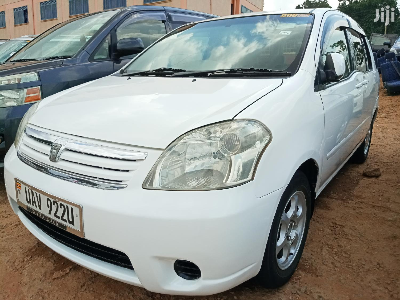 Archive: Toyota Raum 2002 White