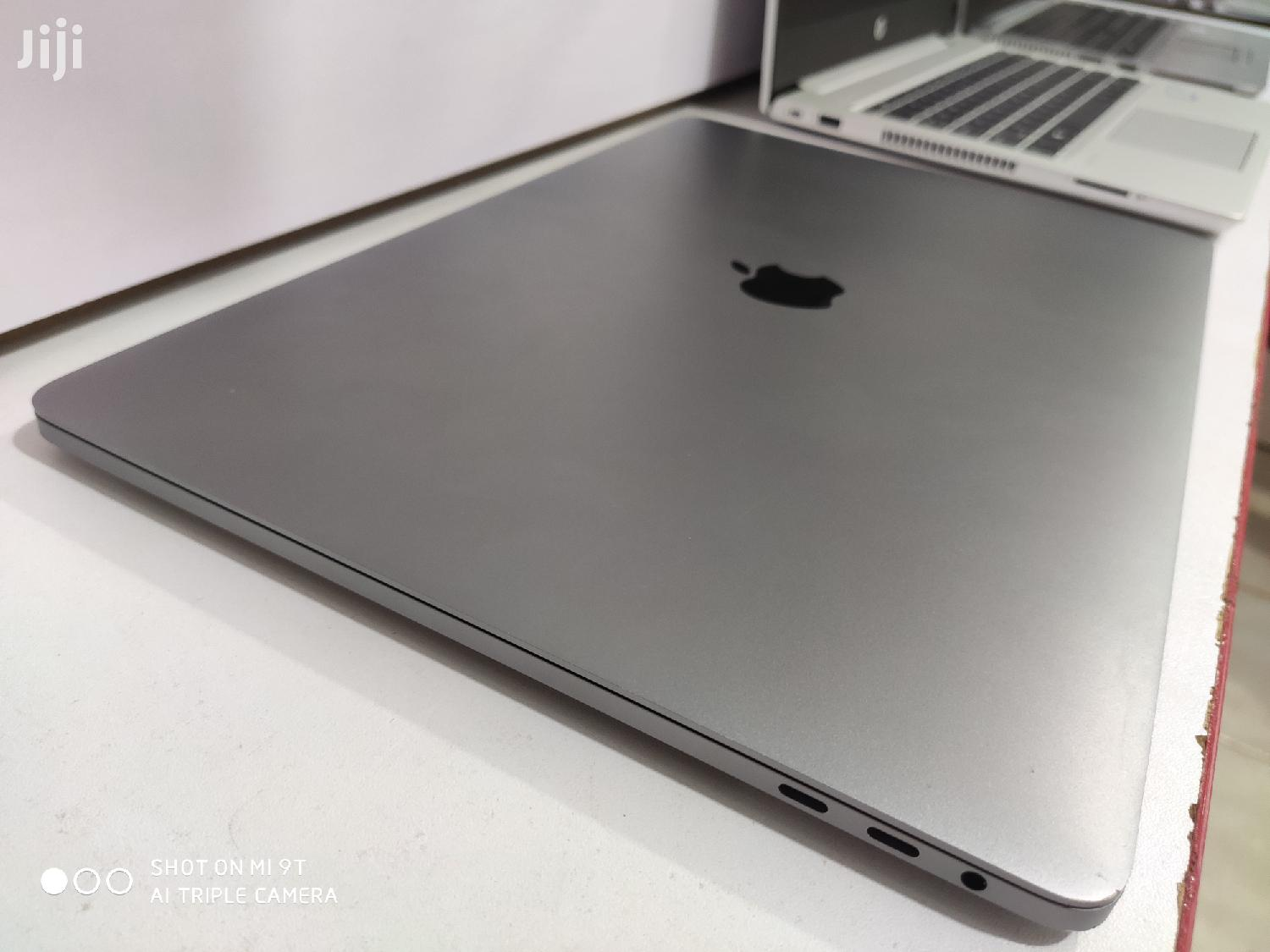 Archive: Laptop Apple MacBook Pro 16GB Intel Core i7 SSHD (Hybrid) 512GB