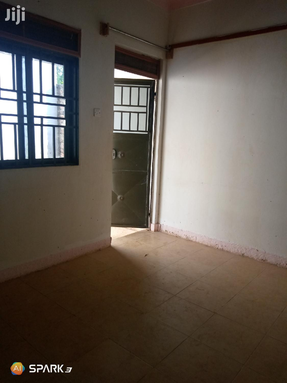 Big Single Room For Rent In Bweyogerere   Houses & Apartments For Rent for sale in Wakiso, Central Region, Uganda
