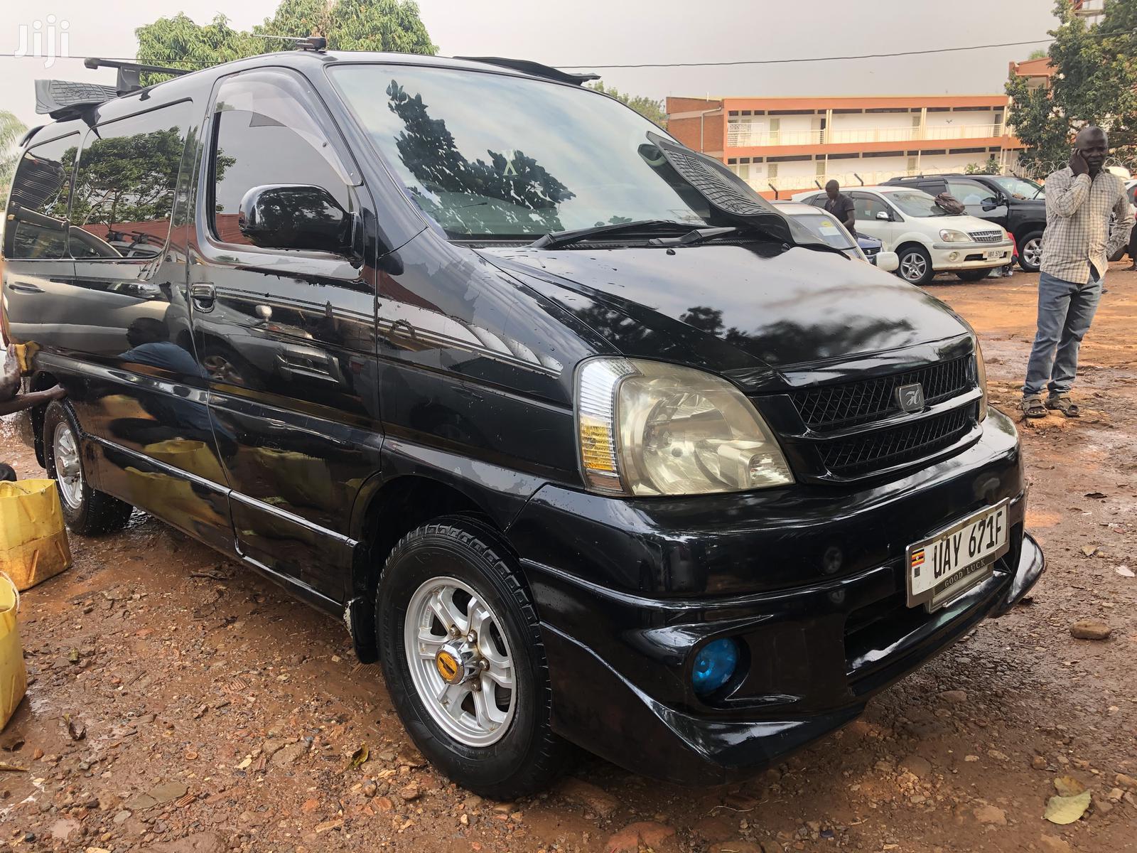 Toyota Regius Van 1998 Black