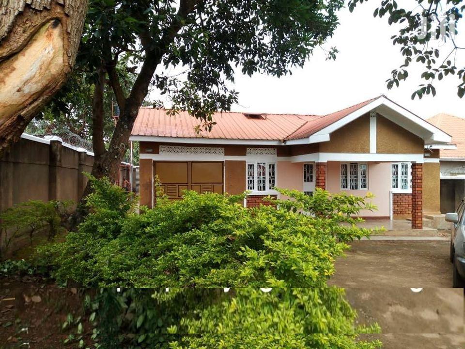 3 Bedroom House In Namugongo Mbalwa Estate For Sale