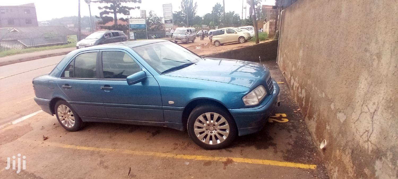 Mercedes-Benz C200 1999 Blue
