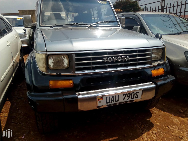 Toyota Land Cruiser 1998 Gray