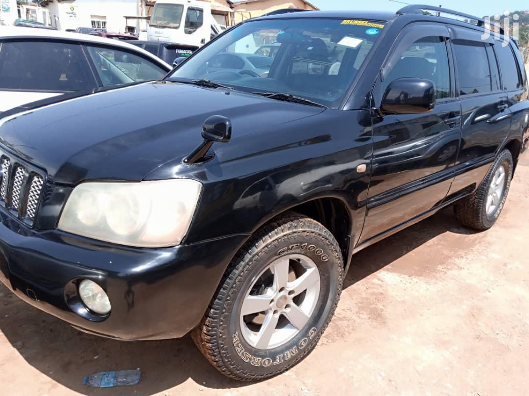 Archive: Toyota Kluger 2002 Black