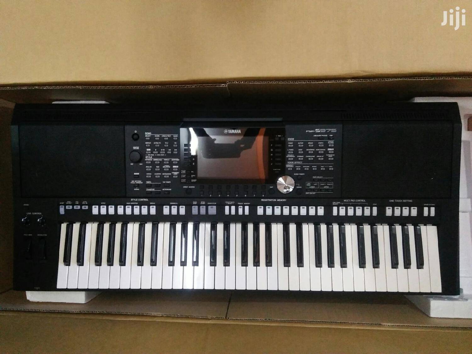 Yamaha Keyboard Psr S975 | Musical Instruments & Gear for sale in Kampala, Central Region, Uganda