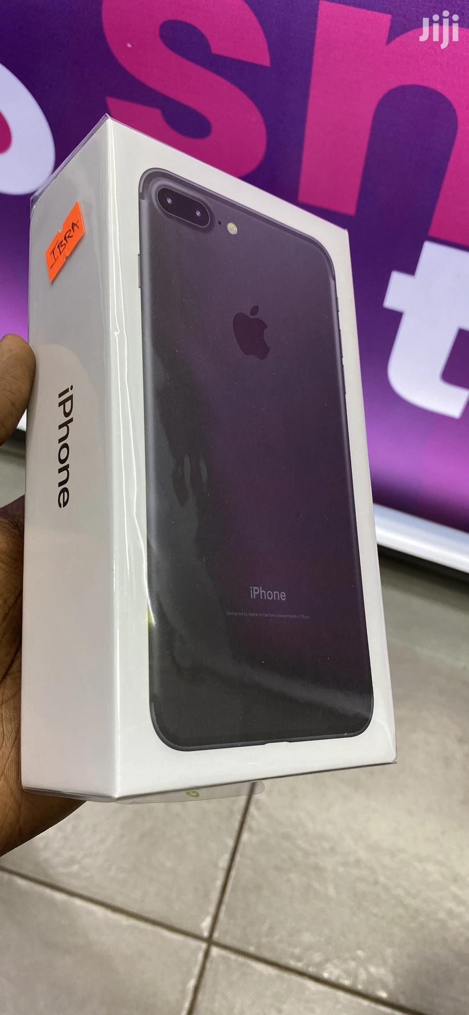 New Apple iPhone 7 Plus 128 GB Black