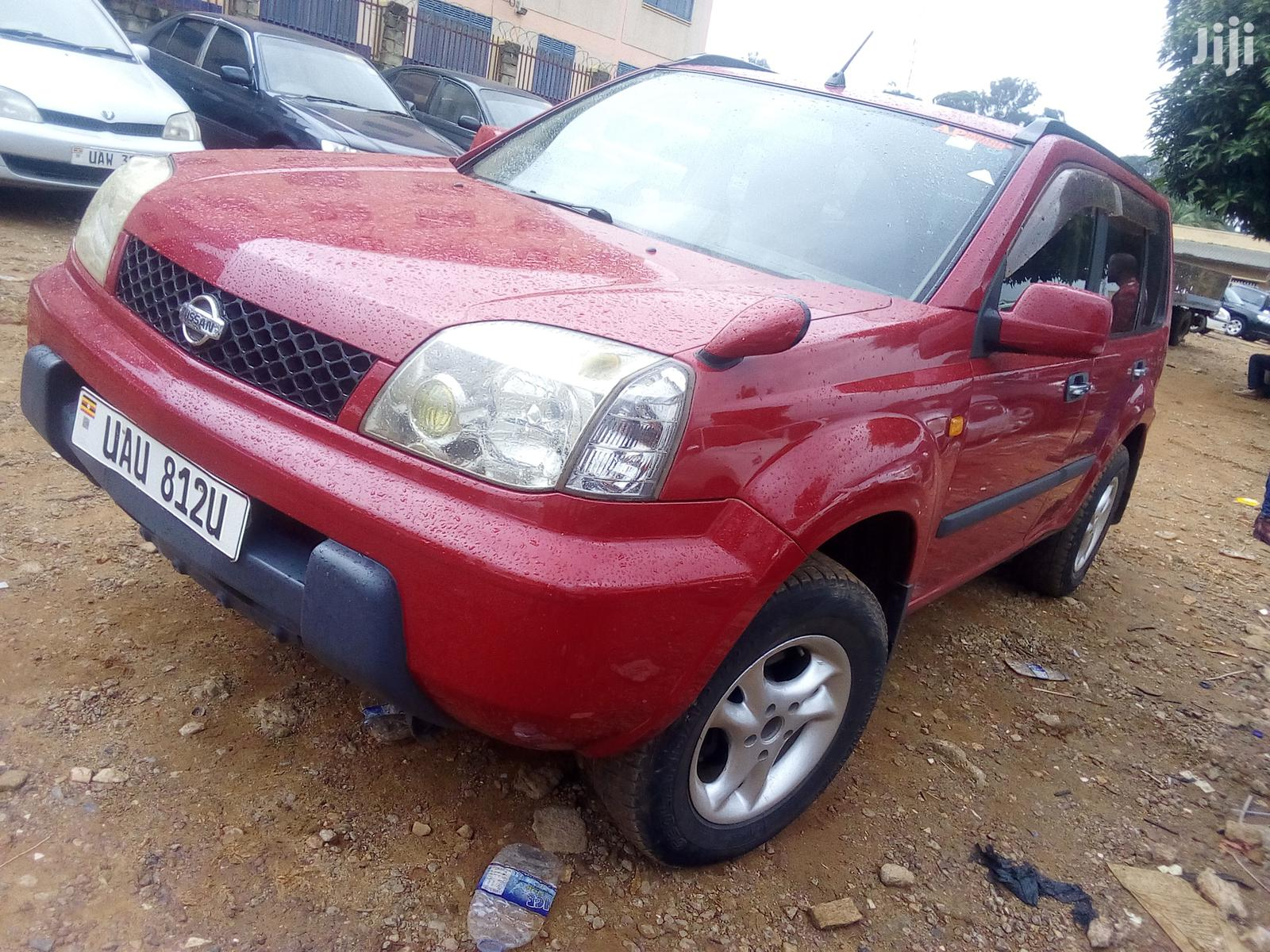 Archive: Nissan X-Trail 2.0 2003 Red