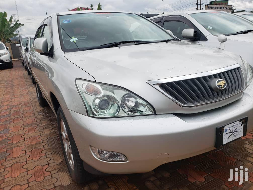Archive: Toyota Harrier 2007 Silver
