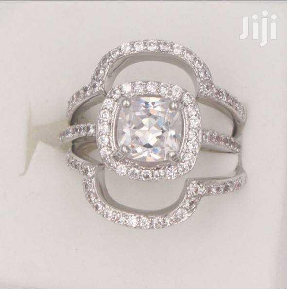 Archive: Diamond Clustered Engagement Ring