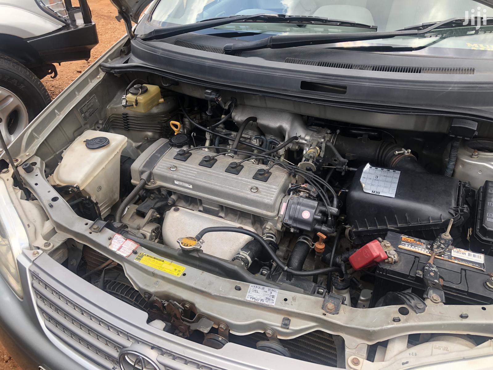 Archive: Toyota Spacio 2000 Silver