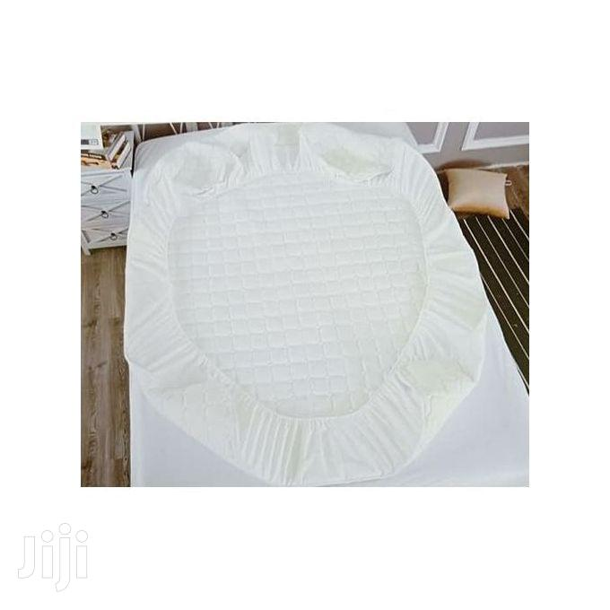 6*6 Other Fitted Mattress Protector White