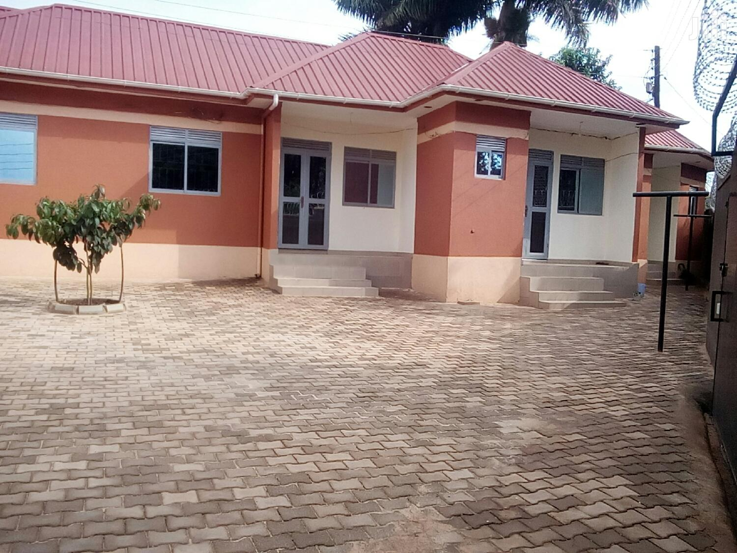 Najjera Double Rooms for Rent