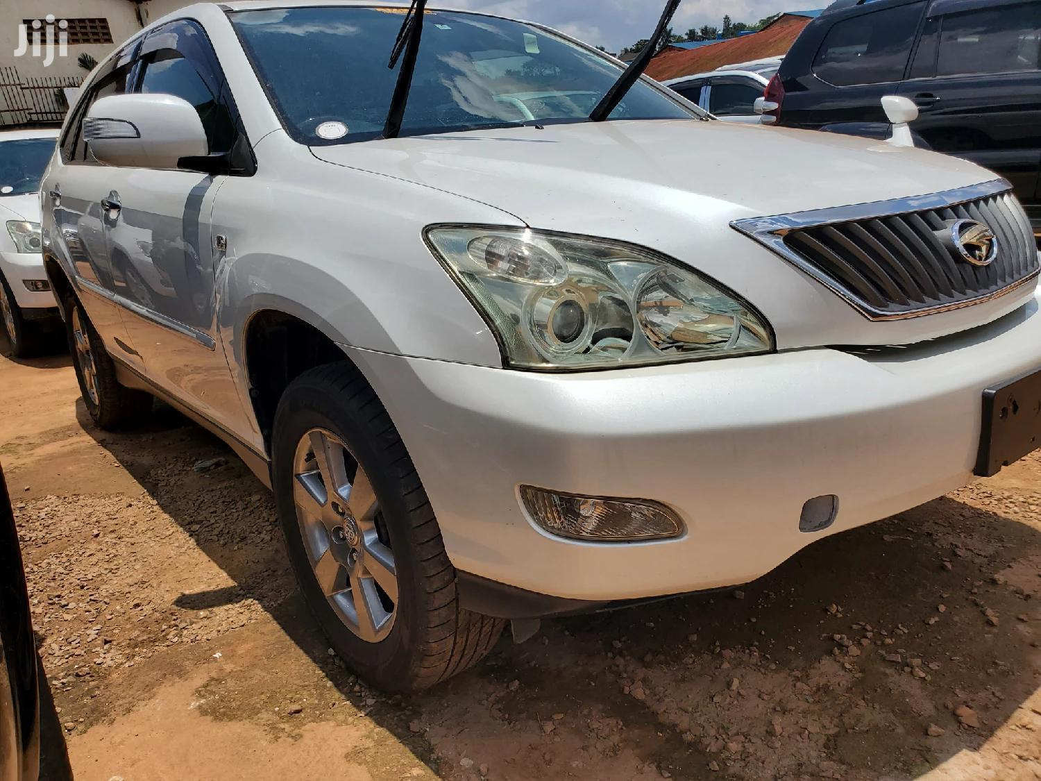 Toyota Harrier 2009 White
