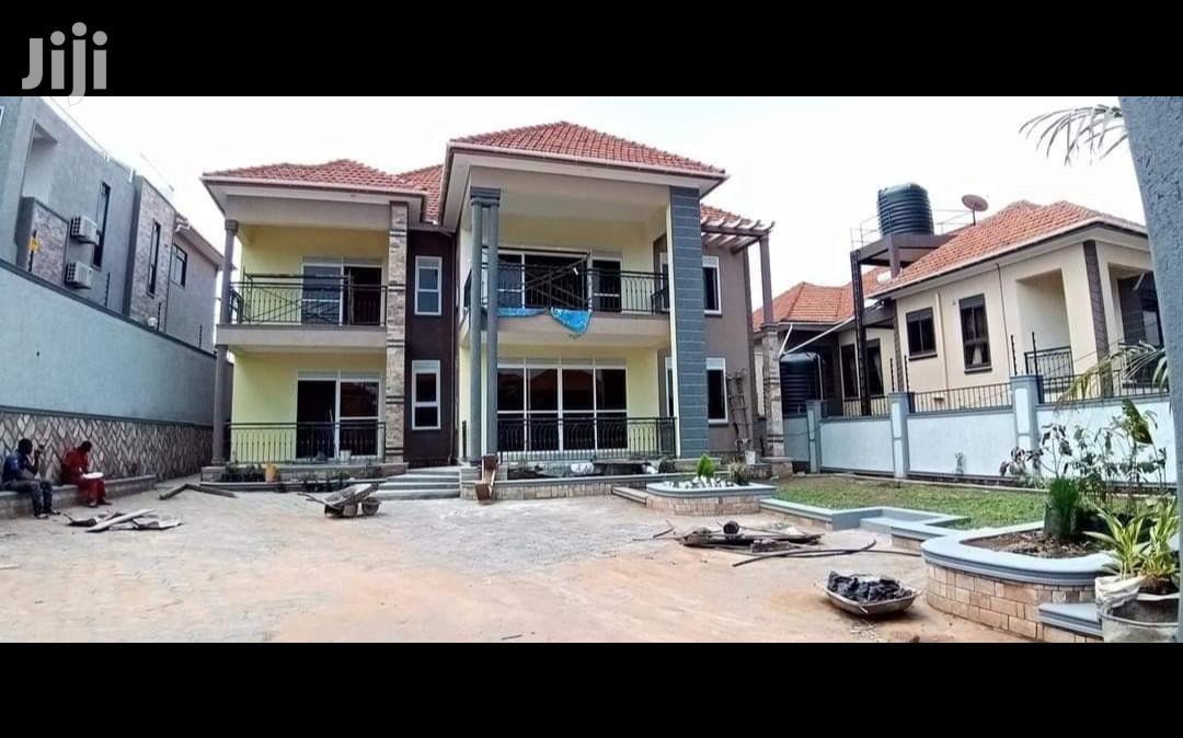 Kisaasi Very Posh Mansion on Sale