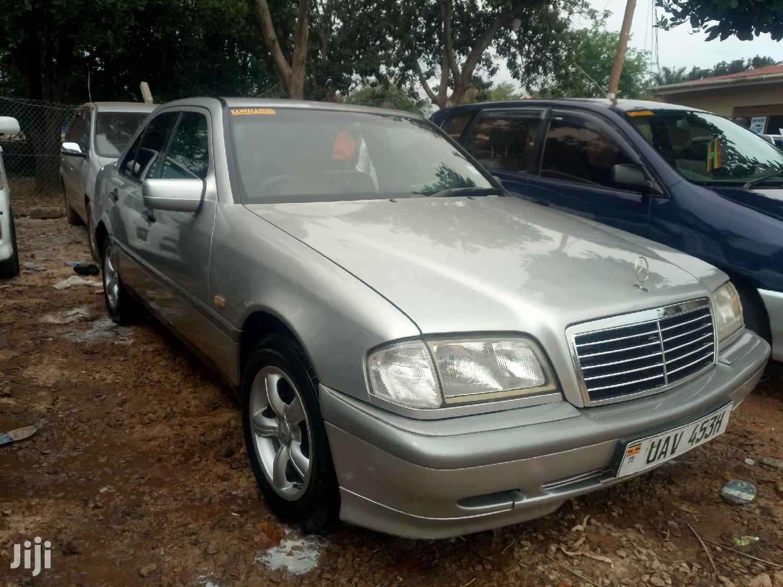 Archive: Mercedes-Benz C200 1999 Silver