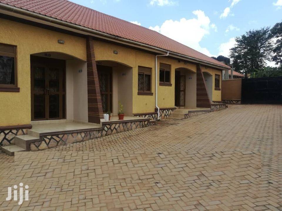 Kyaliwajjala Kira Road Sitting Room And Bedroom House For Rent