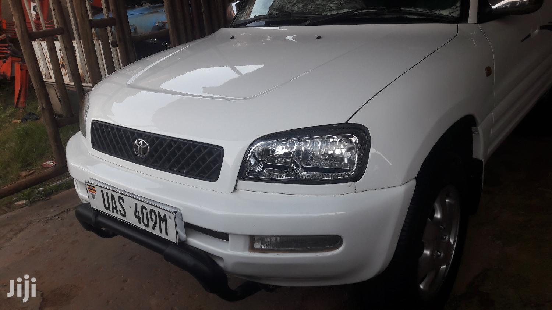Toyota RAV4 1998 Cabriolet White