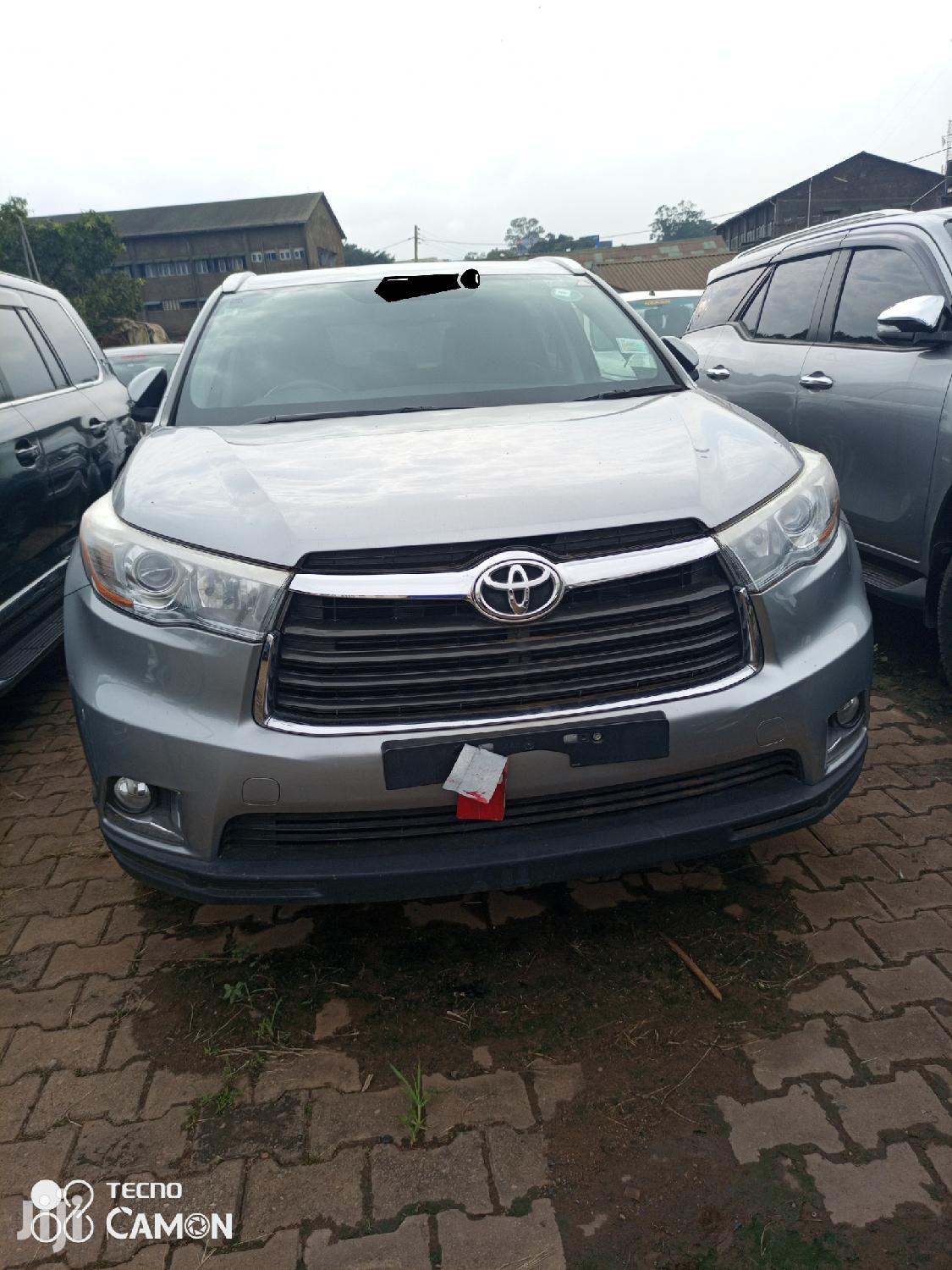 Toyota Kluger 2016 Silver | Cars for sale in Kampala, Central Region, Uganda