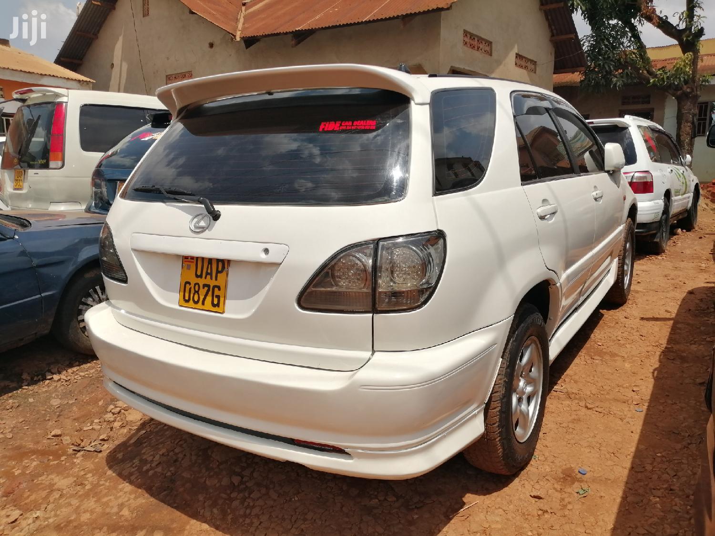 Toyota Harrier 1999 White   Cars for sale in Kampala, Central Region, Uganda