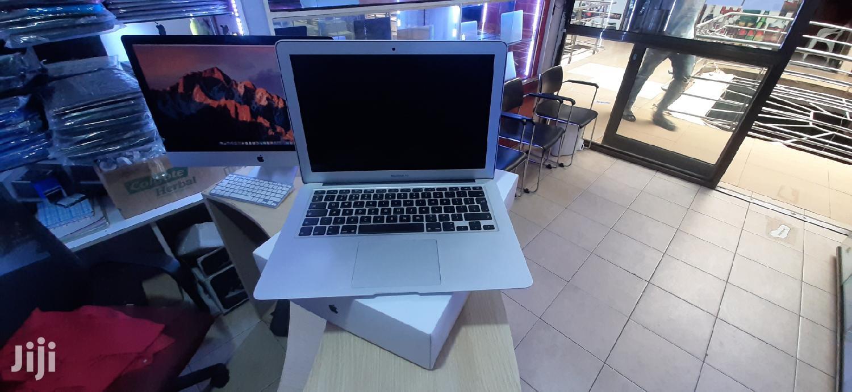 New Laptop Apple MacBook Air 8GB Intel Core I7 SSD 256GB
