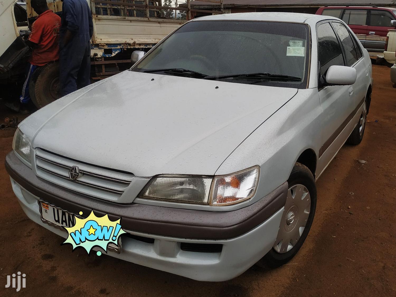 Toyota Premio 1998 Silver