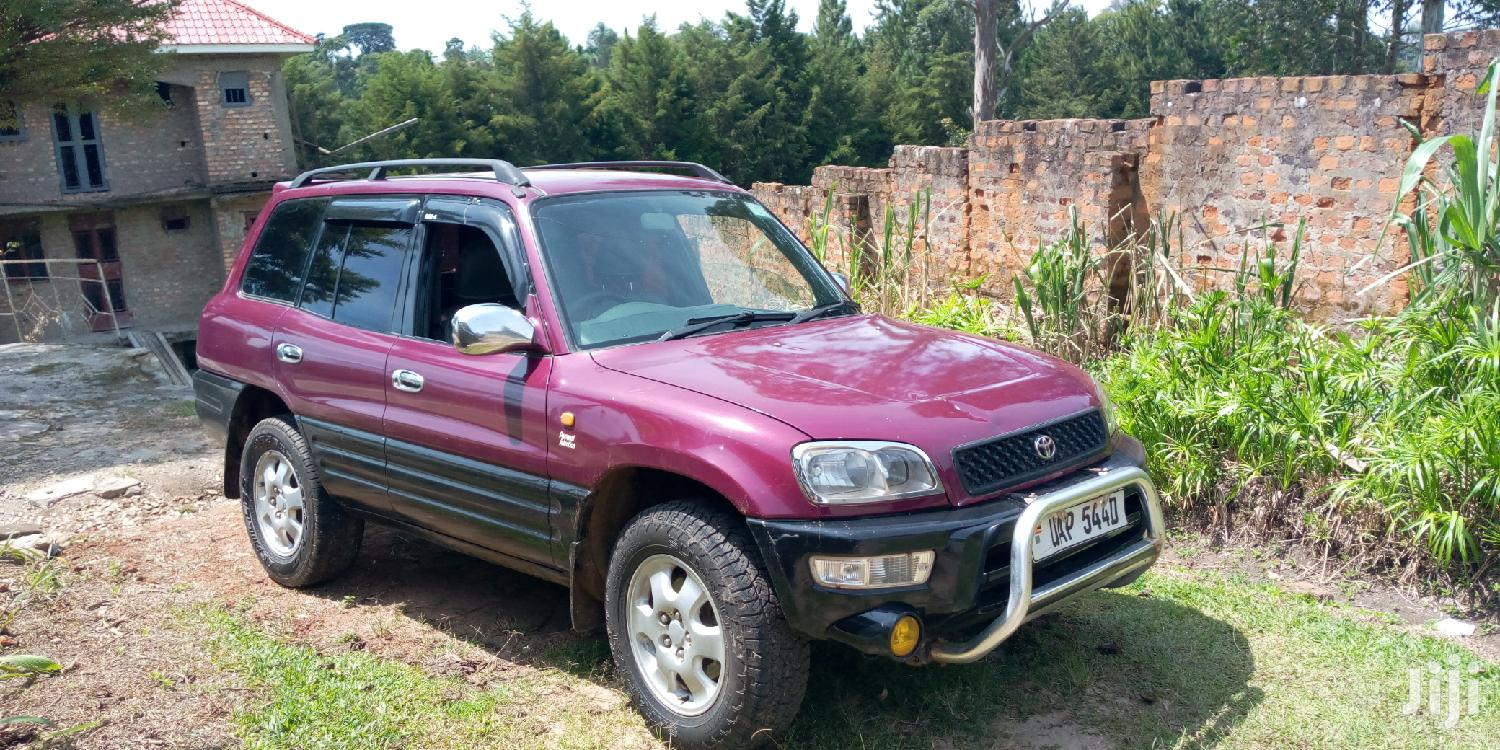 Archive: Toyota RAV4 1998 Cabriolet Red