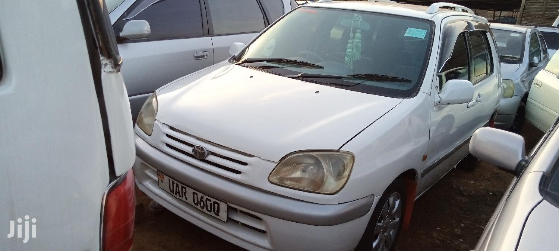 Archive: Toyota Raum 1996 White