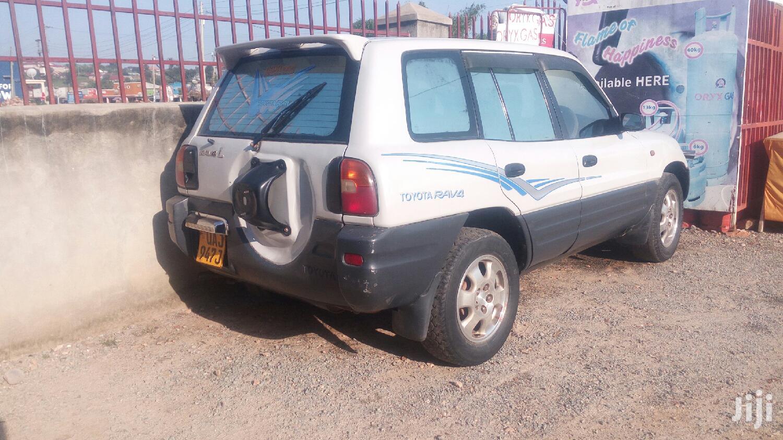 Toyota RAV4 1996 Silver