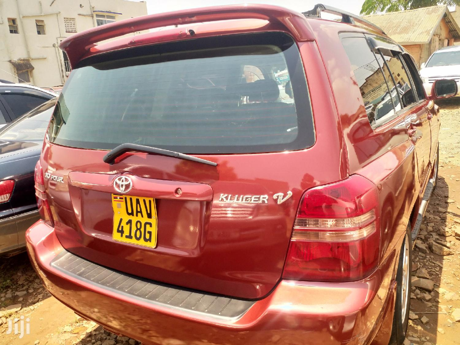 Toyota Kluger 2002 Red